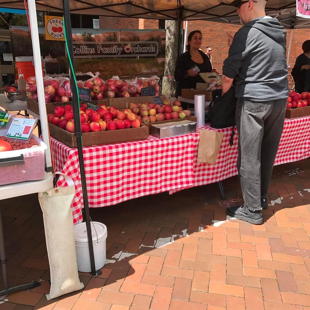 Sunny Sunday at the Capitol Hill Farmers Market smallthings enjoylifehellip